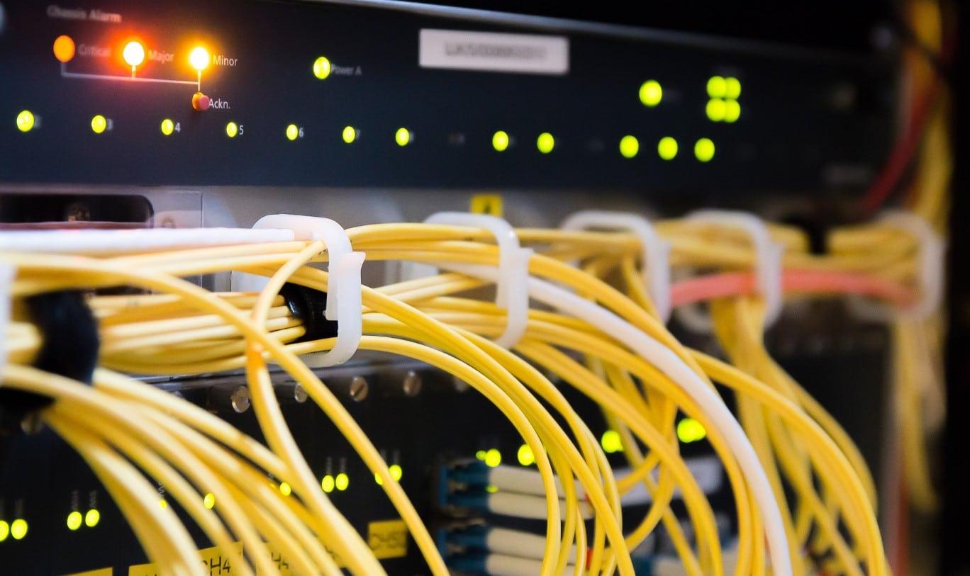 הקמת תשתיות תקשורת לחללי עבודה משותפים